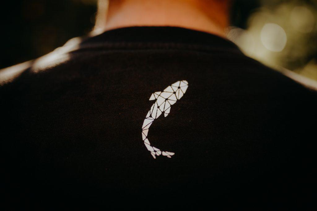logo connected carper